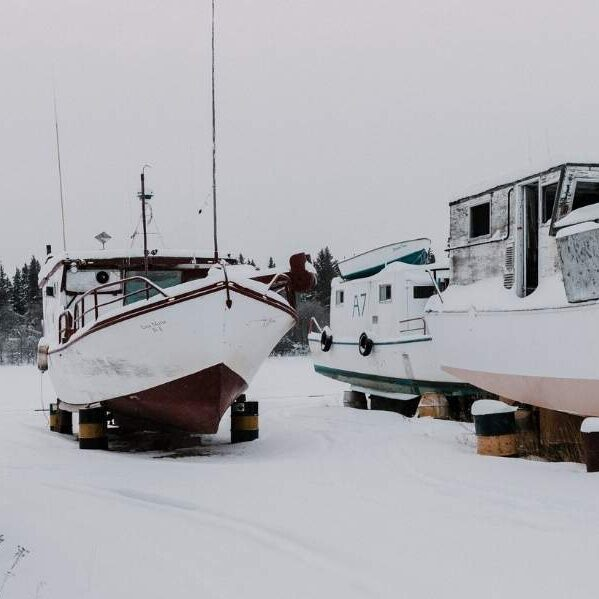 How to prepare a boat for winter
